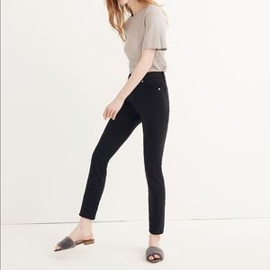 """NWT Madewell 9"""" Mid-Rise Skinny Jeans - 28"""